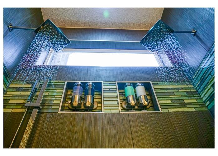 Bathroom remodeling, custom tile shower